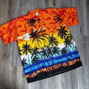 Happy Bay / Hawaiian Print Button Down Shirt